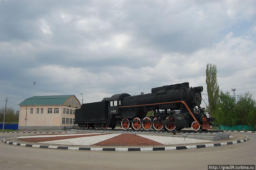 """Памятник паровозу """"Л-1578"""""""