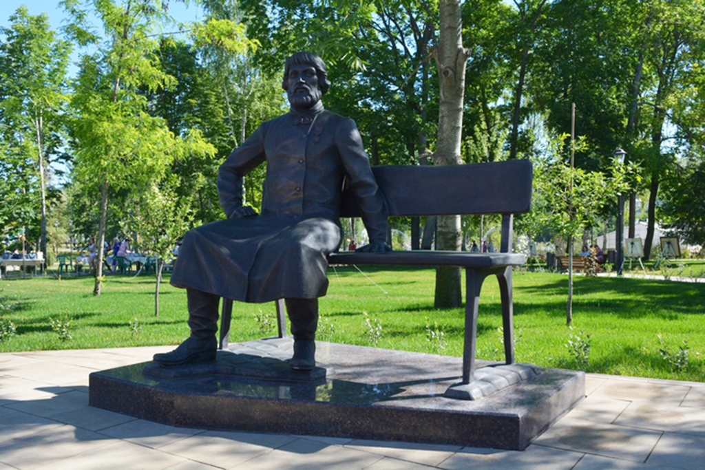 Памятник П.С. Сапожникову