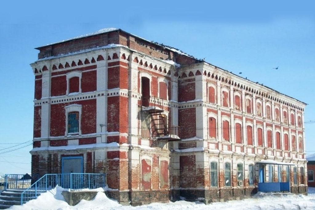 Бывшая церковь немецкой колонии Эренфельд