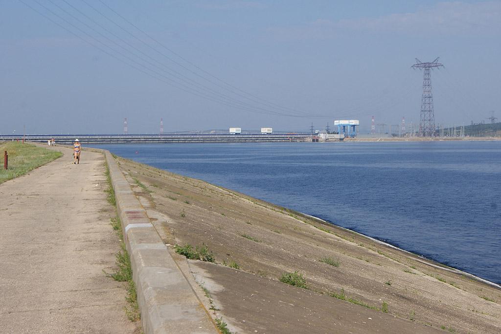 Пляжи на судоходном канале в Балаково