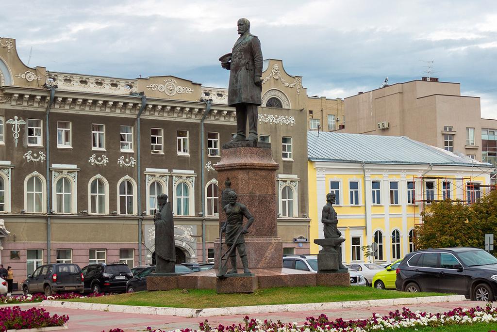 Мемориальная доска П.А. Столыпину