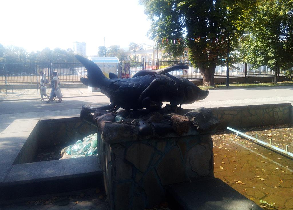 """Фонтан """"Стерлядь"""" в Липках"""