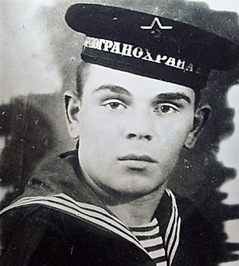 Памятник Герою Советского Союза Евтееву И.А.