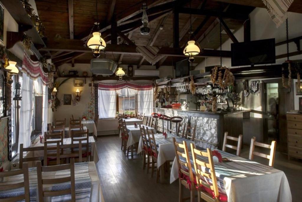 """Ресторан """"Айвенго"""""""