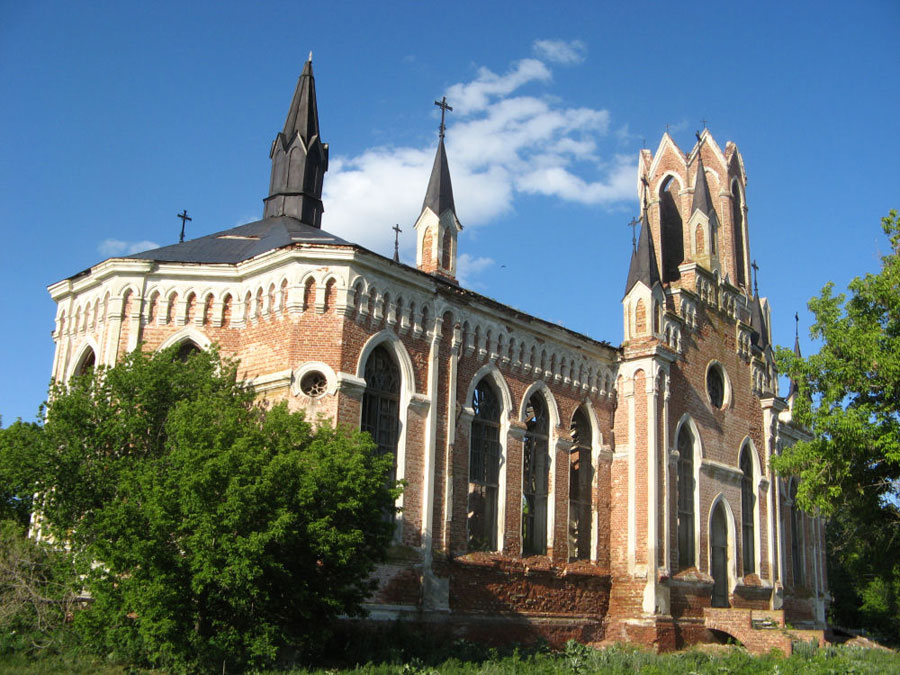 Каменский католический костел