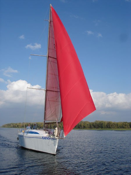 Парусная яхта «Карат»