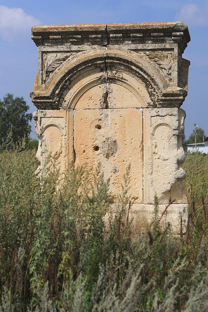 Церковная колокольня храма во имя святителя Николая Чудотворца