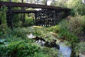 Б. Екатериновка. Старинный мост через Бакурку.